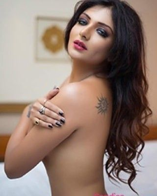 Photos Noida call Girls